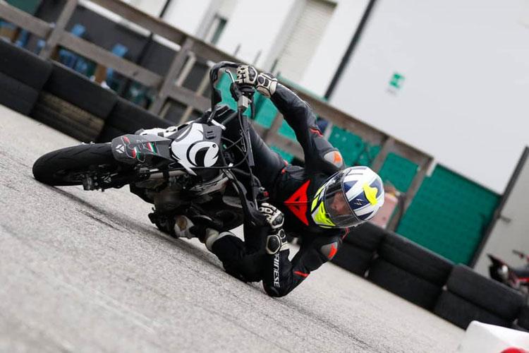 Lorenzo Gasperini #55 in curva